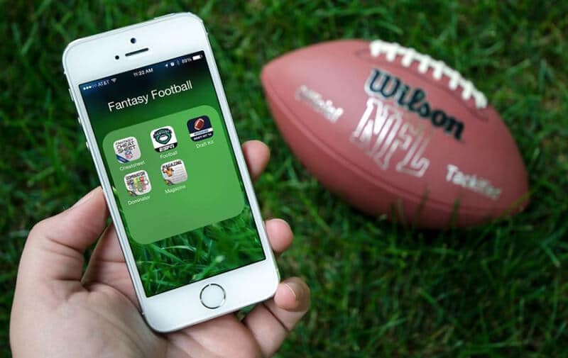 Best Fantasy Football Apps In 2020 [TOP 11 CHOICES]
