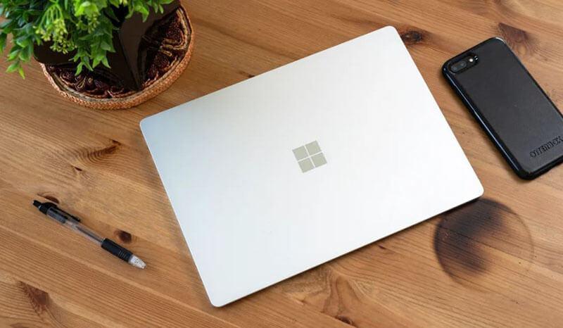 The Best Laptops Under 1000 USD in 2021