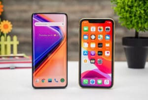 What Is The Difference Between OnePlus 7 Pro vs iPhone XR
